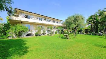 Villa 10 pièces 315 m2