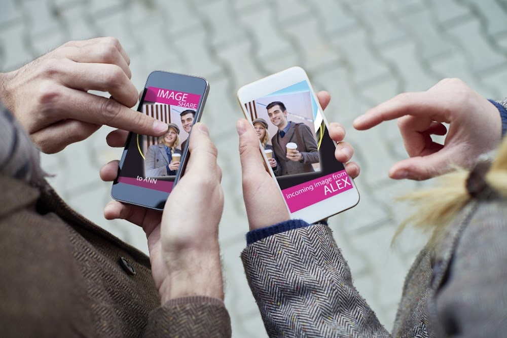 Dating app based in la