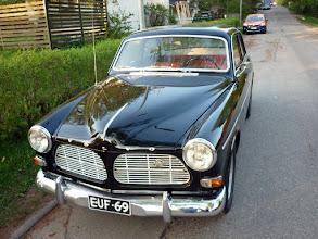 Photo: Kicsit öreg Volvo, furcsa rendszámmal (sok öreg Volvo volt egyébként)