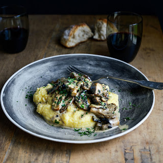 Creamy Mushrooms with Sherry, Garlic & Thyme on Soft Polenta