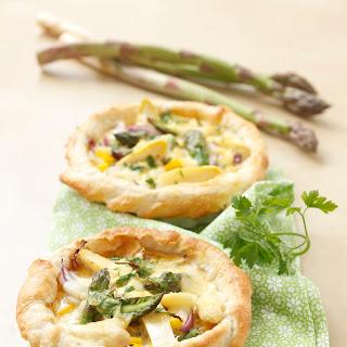 Frühlings-Quiche mit Spargel und Mozzarella