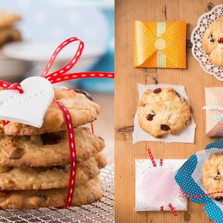 Schoko-Cookies mit Macadamia-Nüssen und Cranberries
