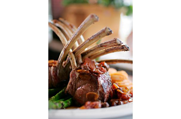 Rack Of Lamb With Spicy Fennel Rub