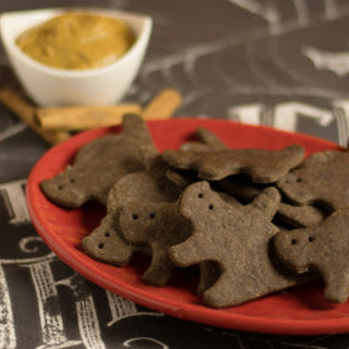 Creepy Bats and Cats Chocolate Graham Crackers
