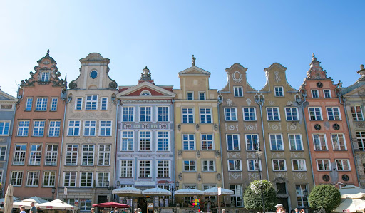 Buildings-in-gdansk.jpg - A parade of colorful rowhouses in Gdansk, Poland.