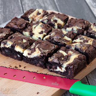 Easy Chocolate Chip Cheesecake Brownies