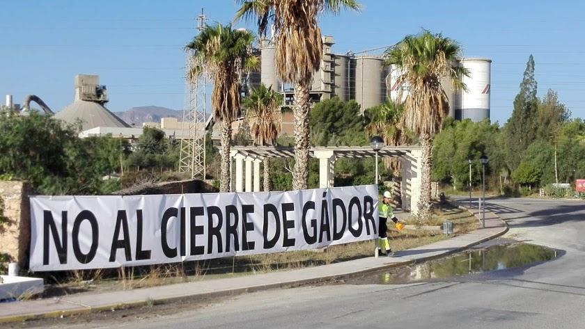 La empresa mexicana comienza hoy la negociación del ERE extintivo de su fábrica de Gádor.