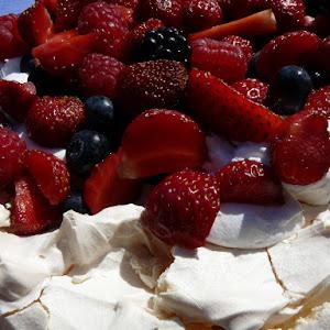 Pavlova with Fresh Summer Berries