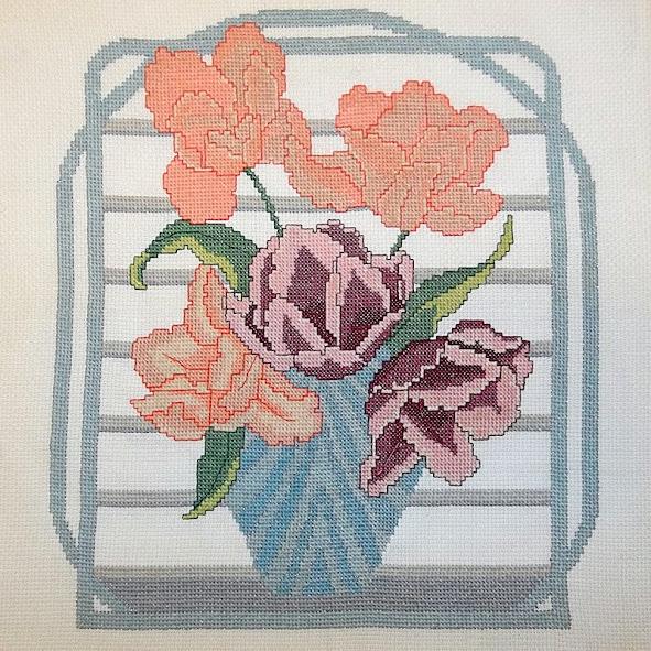 vase of roses needlepoint