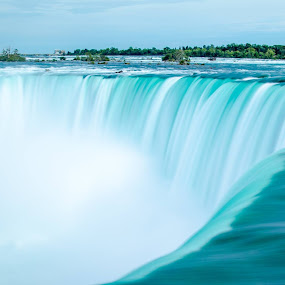 Horseshoe Falls by Mark Pope - Landscapes Waterscapes (  )