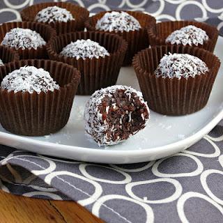 Healthy Chocolate Coconut Truffles