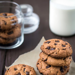 Chocolate Chip Cookie Recipe -nuts.
