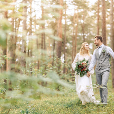 Wedding photographer Marina Kovsh (Shvok). Photo of 08.12.2018