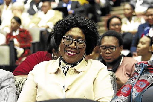 Die presidensie kondig die amptelike begrafnis aan vir dr Ndlovu - SowetanLIVE