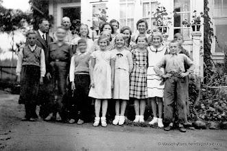 Photo: Gruppfoto. 1940-tal söndagsskolan?