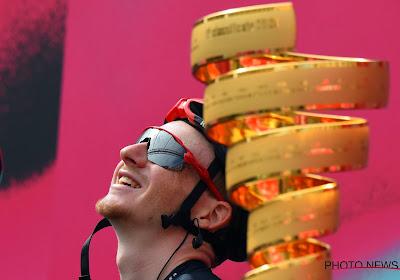 Kwintet voor Ineos in de Giro, Almeida nog net in het roze en sterke De Gendt tevergeefs in de vlucht