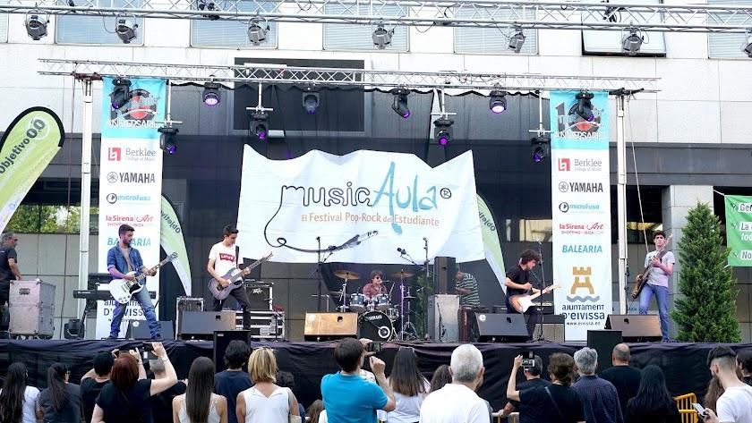 La banda almeriense, durante su actuación en Getafe que les llevó a la final.
