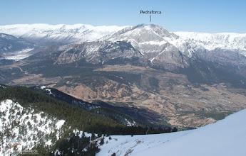Photo: Primera vez en toda la ruta que vemos el valle de Gósol con el Pedraforca y la Serra del Cadí
