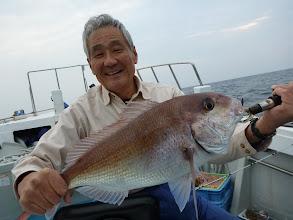 Photo: おおー!やったぜー!真鯛、3kgでしょうか。