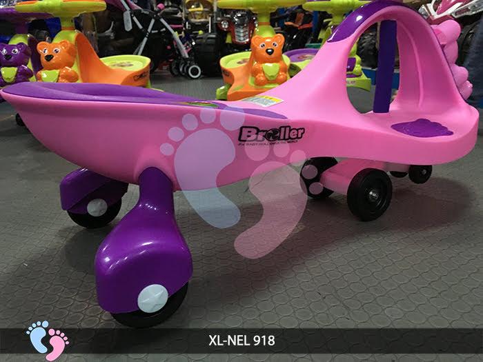 có nên cho bé sử dụng xe lắc