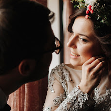 Wedding photographer Oksana Solopova (OxiSolopova). Photo of 10.04.2018