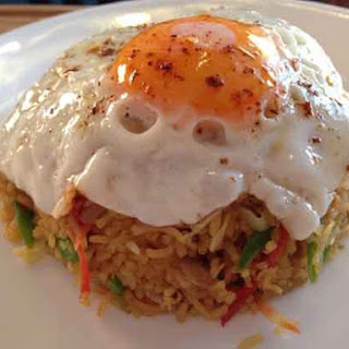 Home » Rice Dishes » Nasi Goreng – Indonesian Fried Rice
