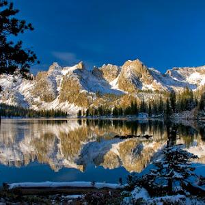 Alice Lake late sunrise_s.jpg