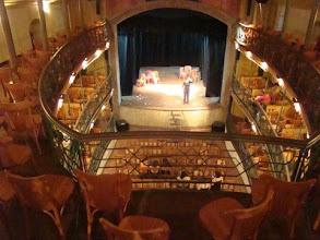 Photo: Teatro mais antigo em funcionamento nas Américas
