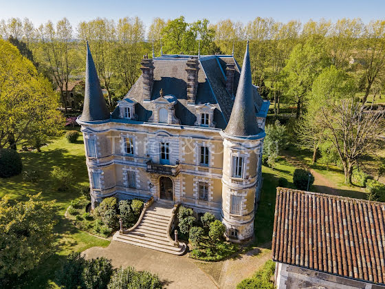 Vente château 19 pièces 900 m2