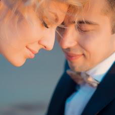 Wedding photographer Yuliya Luneva (YuliusZharko). Photo of 14.01.2015