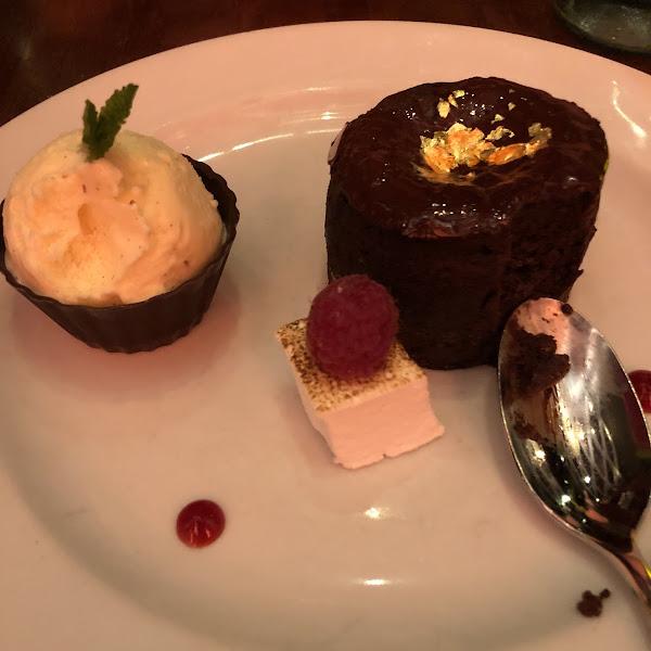 GF flourless chocolate cake!