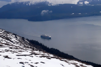 Photo: Cruise ship sailing up Gastineau Channel