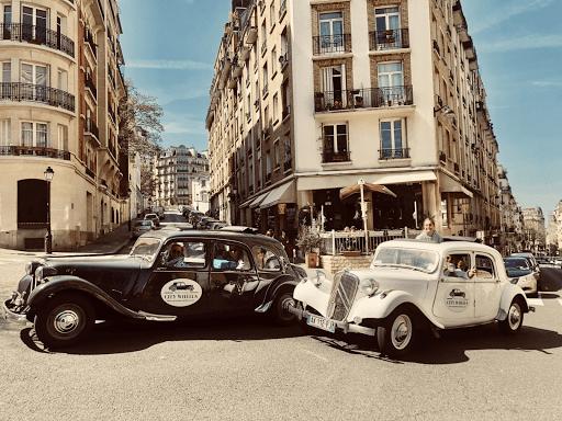 Paris romantic tour aboard a luxury open roof classic french car