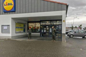 La Legión, en supermercados del Levante almeriense.