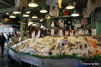 Photo: (Year 2) Day 339 - One of the Fish Stalls in Pike Place Fish Market