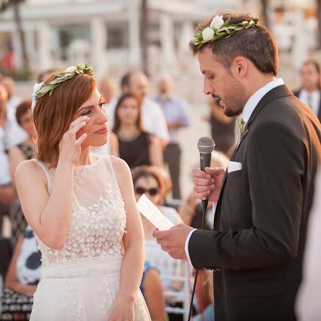 Wedding photographer Dimitris Koukiotis (dimikouk1). Photo of 09.02.2018