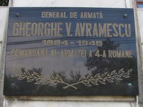 "Photo: Gheorghe V. Avramescu -   ""GENERAL DE ARMATA GHEORGHE V. AVRAMESCU 1884-1945 COMANDANT AL ARMATEI A 4-A ROMANE "" Sculptor: Anton Tanase Arhitect: Ioan Arboreanu Constructor: Comandamentul Armatei a 4-a Transilvania Sponsori: S.C. Armatura S.A. Cluj-Napoca S.C. Marmosim S.A. Simeria. (2012.05.25)"