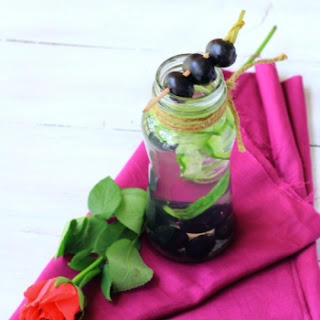 Indian Plum (jamun) And Cucumber Diet Drink.