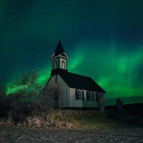 Aurora  by Þorsteinn Ásgeirsson - Buildings & Architecture Places of Worship ( sky, winter, church, aurora, northern lights )