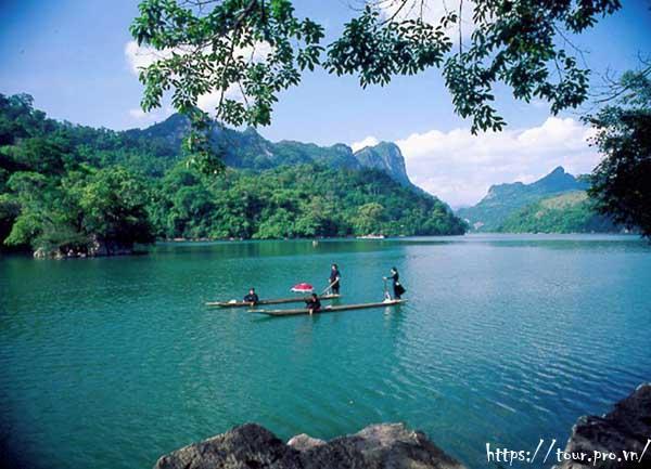 Du lịch Hồ Ba Bể không được bỏ qua những địa điểm nổi tiếng dưới đây