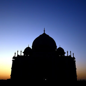 Enlightened heritage by Sayan Bhattacharya - Buildings & Architecture Public & Historical
