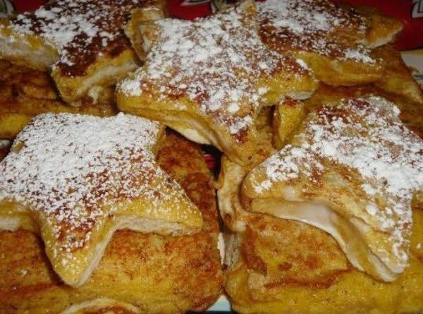Star Shaped Cinnamon And Sugar French Toast