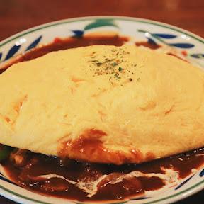 【新宿】伝統ある純喫茶「珈琲西武」のオムライスとパフェがすごすぎる