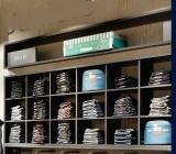 estante-roupas.jpg