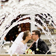 Wedding photographer Robert Sallai (sallai). Photo of 05.10.2014