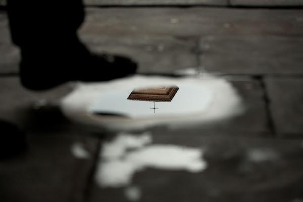 Riflessi momentanei di Luca Capobianco
