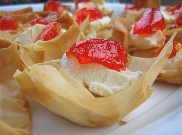 Easy Phyllo Pastry Tarts With Hot Pepper Jelly Recipe