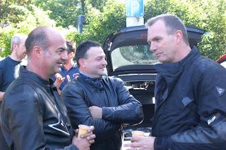 Photo: Kurze Gespräche vor der Abfahrt