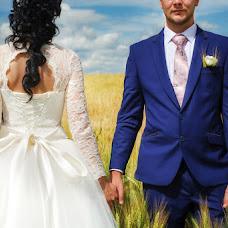 Wedding photographer Sergey Lopukhov (Serega77). Photo of 01.09.2016