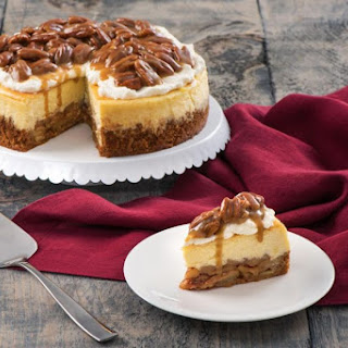 Praline Apple Pie Cheesecake